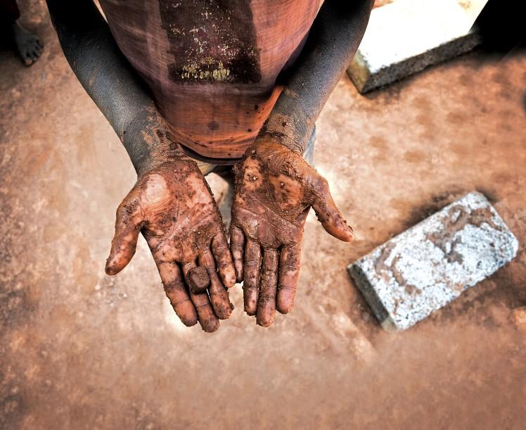 child birck kiln hand
